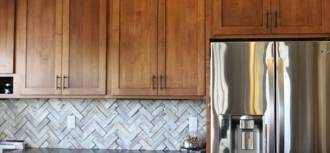 White Laminated Doors Cabinets Clean, Laminate Kitchen Cabinet Cleaner
